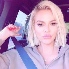 Khloe Kardashian Hair Short, Khloe Kardashian Revenge Body, Koko Kardashian, Khloe Kardashian Photos, Kardashian Jenner, Kylie Jenner Instagram, Kardashian Kollection, Short Hair, Up Dos
