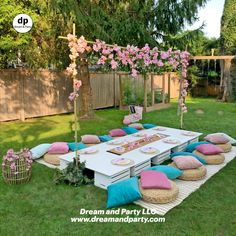 Picnic Theme, Picnic Birthday, Birthday Party For Teens, Sleepover Party, Spa Party, Backyard Birthday Parties, Blue Party Decorations, Party Themes, Outdoor Birthday Decorations