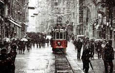 İstanbul'a kar yılbaşında geliyor! - Meteoroloji verilerine göre yılbaşı gecesi İstanbul\'a kar yağışı bekleniyor...