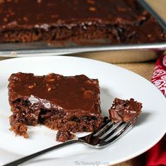 Texas Sheet Cake With Chocolate Ganache Recipe Trisha . Blonde Texas Sheet Cake Recipe Food Com. Red Velvet Sheet Cake With Classic Red Velvet Frosting . Healthy Desserts, Just Desserts, Delicious Desserts, Dessert Recipes, Yummy Food, Sheet Cake Recipes, Cupcake Cakes, Cupcakes, Sweet Recipes