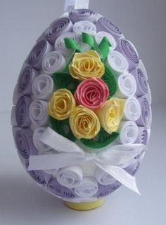 Paper Quilling Designs, Quilling 3d, Christian Holidays, Happy Easter, Character Design, Objects, Paper Magic, Eggs, Paper Crafts