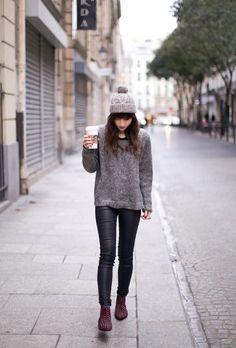 Love the studded boots | Le blog de betty