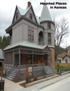 Complete list of haunted places & history in Kansas and how to ghost hunt… Most Haunted Places, Spooky Places, Places In America, Places Around The World, Ghost Hauntings, Old Houses, Haunted Houses, Ghost Hunters, Haunted History