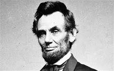 """""""La probabilidad de perder en la lucha no debe disuadirnos de apoyar una causa que creemos que es justa.""""   Abraham Lincoln"""