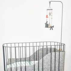 Grey day #babycrib #mozeswieg #sleep #nursery #grey #playtimeparis2017 #babymobile #greytone Baby Furniture Sets, Baby Bumps, Kidsroom, Baby Cribs, Bedrooms, Nursery, Instagram Posts, Inspiration, Bedroom Kids