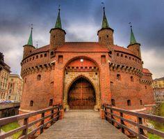 Barbakan Krakowski, Krakow - Poland (A castle! Places To Travel, Places To See, Poland Travel, Italy Travel, Krakow Poland, Barbican, Central Europe, Eastern Europe, European Travel