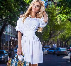 Модный тренд весенне-летнего сезона! Блузы, топы и платья с открытыми плечами