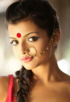 Actress Stills » Ashna zaveri album (vallavanukku pullum aayutham heroine) - See more at: http://tamil.moviesofindia.com/2014/11/ashna-zaveri-album-vallavanukku-pullum.html#sthash.oI6PvOR8.dpuf