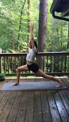 yoga poses for beginners easy & yoga poses ; yoga poses for beginners ; yoga poses for two people ; yoga poses for flexibility ; yoga poses for beginners flexibility ; yoga poses for back pain ; yoga poses for beginners easy Vinyasa Yoga Poses, Yoga Bewegungen, Basic Yoga Poses, Yoga Sequences, Hot Yoga, Yoga Meditation, Restorative Yoga Poses, Morning Meditation, Cool Yoga Poses