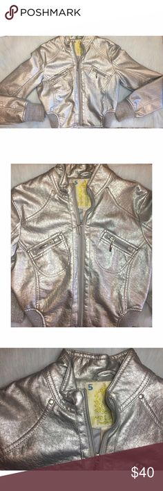 ✨Metallic jacket✨ Bought this from Audrey Kitching's personal closet in one of her garage sales. Lightly used, in really great condition, This jacket is sure to turn heads! Featuring a faux leather metallic cropped body, rib trim jacket✨ Wet Seal Jackets & Coats