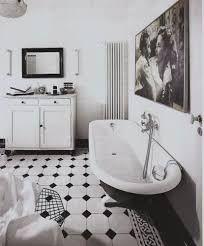 Bildergebnis für czarno białe płytki podłogowe
