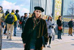 http://media.vogue.com/r/h_2000,w_1640/2016/03/06/paris-street-day-5-16.jpg