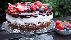 Kokosbolle-brownie | Godt.no Cake Recipes, Dessert Recipes, Norwegian Food, Pudding Desserts, Let Them Eat Cake, No Bake Cake, Food Inspiration, Sweet Treats, Cheesecake