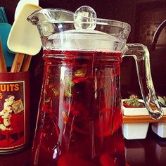 marjomizumoto's photo on Instagram #cha #tea #diuretico #chagelado #hibiscus #chadehibiscus #hibiscustea #diuretictea #chaparadesinchar #teaforbloating #bloating #healthy #homemade #natural #diet