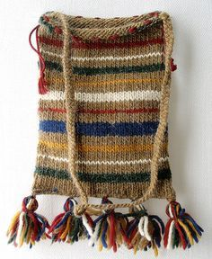 Simple striped bag - free knitting pattern