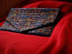 Squares-can't-handle-this clutch