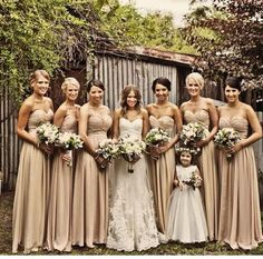 Love these bridesmaid dresses!!!