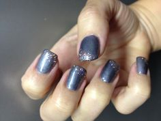Gray nails with pink sparkles