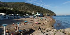 Coves in Garraf - Garraf is a natural paradise where you can enjoy absolute peace and quiet beaches and small coves if you visit during the week #BCNmoltmes #beach #coast #sand #coves #sea #garraf