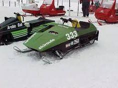 skiroule snowmobile race sled