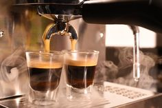 How I Learned to Make the Perfect Espresso at Home — The Daily Beast - Charmian Safhill But First Coffee, Coffee Love, Best Coffee, Drink Coffee, Coffee Mugs, Espresso At Home, Coffee And Espresso Maker, Coffee Maker, Steamed Milk At Home