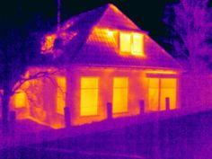 Bij deze woonboerderij in #Zuidhorn deed Energiekeurplus onderzoek naar warmtelekken en luchtlekken met gebruik van thermografie: https://www.energiekeurplus.nl/thermografie-groningen-energiekeurplus/