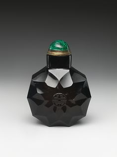Snuff Bottle with the Chinese Character of Longevity ~ Qing dynasty (1644–1911) ~ Smoky quartz with glass stopper