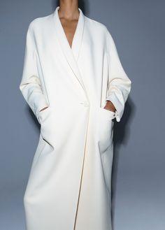 minimalism oversized coat