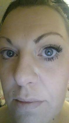 Me wearing 3D Fibre mascara
