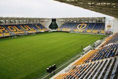 Interior Stadionul Ilie Oană, Ploieşti, Rumania. Capacidad 15.500 espectadores, Equipo local Petrolul Ploieşti. Ale, Soccer, Interior, Sports, Romania, Hs Sports, Futbol, Soccer Ball, Design Interiors