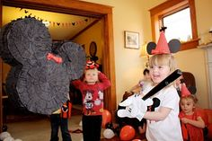 At Second Street: Minnie Party How-to's, Part 1 pinata