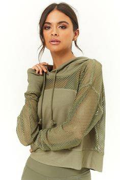 Active Open-Mesh Panel Hoodie Source by deavonric Sport Fashion, Fashion 2020, Fitness Fashion, Girl Fashion, Womens Fashion, Sporty Outfits, Girl Outfits, Cute Outfits, Fashion Outfits