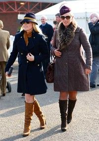 Kate Middleton, Zara Tindall, the Queen and other royals enjoying Cheltenham Races - Photo 4 Princess Anne, Princess Margaret, Royal Princess, Duchess Of Cornwall, Duchess Of Cambridge, Captain Peter Townsend, Autumn Phillips, Zara Looks, Daughters Day