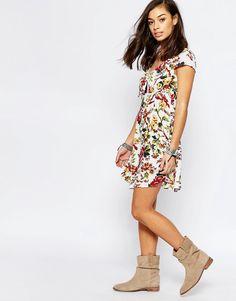 Image 4 ofGlamorous Petite Printed Knot Front Skater Dress