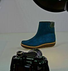In the spotlight #Beatle  #article 30302 #blue