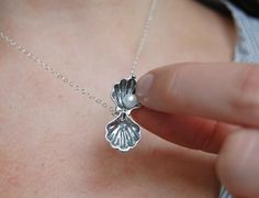 sweet little clam necklace by asdfjklol