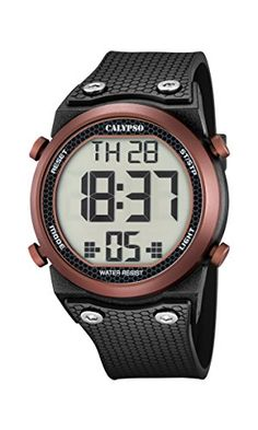 Don't miss a second thanks to this collection, made up digital yet original watches with vibrant colors and textures. Unisex, Watch Display, Water Lighting, Black Rubber, Men's Collection, Casio Watch, Seiko, Watches, Accessories