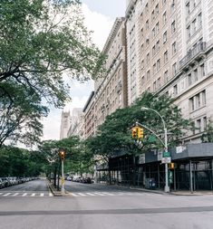 Manhattan neighborhoods: discover details about Morningside Heights' real estate and lifestyle. Manhattan Neighborhoods, Nyc Real Estate, Rhythm And Blues, Townhouse, Columbia, The Neighbourhood, Street View, New York, Urban