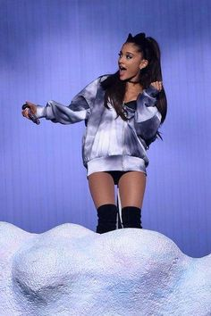 Ariana Grande's Best Looks from Her Honeymoon Tour
