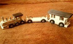 LadislavKurnota / drevený vláčik z vagónikmi Wooden Toys, Car, Wooden Toy Plans, Wood Toys, Automobile, Woodworking Toys, Autos, Cars