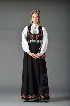 Nye Valdresbunad Clothing Styles, Oslo, Victorian Era, Nye, Norway, Renaissance, Scandinavian, That Look, Costumes