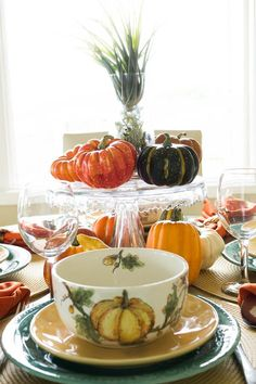 Adding Layers for a Perfect Fall Tablescape