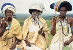 Xhosa women, South Africa - Bantu Tribes of Southern Africa African Tribes, African Women, African Wear, African Style, African Dress, African Culture, African History, Grand Noir, Xhosa Attire