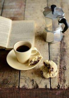 nada mejor que un café... a la italiana recién hecho en la tradicional moca.
