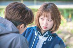 """Nhia vấn cặp đôi phim """"Tiên nữ cử tạ Kim Bob Joo"""" đang hẹn hò thật"""