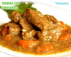 ternera en salsa con zanahorias - thermomix Best Mexican Recipes, Ethnic Recipes, My Favorite Food, Favorite Recipes, Guisado, Chilean Recipes, Dominican Food, Salty Foods, Barbacoa