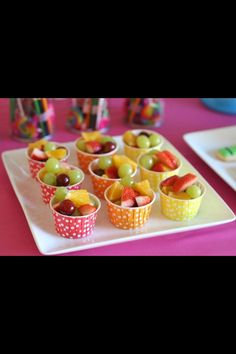 Rainbow Art Birthday Party 2019 Use these colorful and fill them with fresh fruits at your baby shower. Healthy party snacks for kids (fruit in cute cups) by Glorious Treats The post Rainbow Art Birthday Party 2019 appeared first on Baby Shower Diy. Kids Party Menu, Birthday Party Menu, Art Birthday, Party Ideas, Healthy Party Snacks, Healthy Toddler Snacks, Healthy Treats, Healthy Food, Fruits For Kids