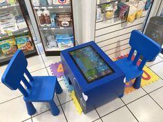 La Table Kid's de la Pharmacie du port à Aix-les-Bains Table Tactile, Pharmacy Design, Android, Arcade Games, Convenience Store, Inspiration, Games, Mesas, Pharmacy