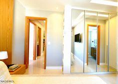 Repaginar a decoração da sua cozinha nunca foi tão fácil! Acesse www.projeto.madeirol.com.br para fazer seu projeto online e deixar a sua casa linda, funcional e sofisticada. 😍 #ProjetoOnline #Decoração #SeuTempo