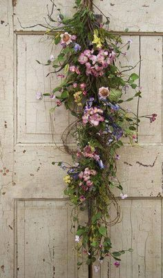 Ana Rosa ~ Not a wreath but I love this!!